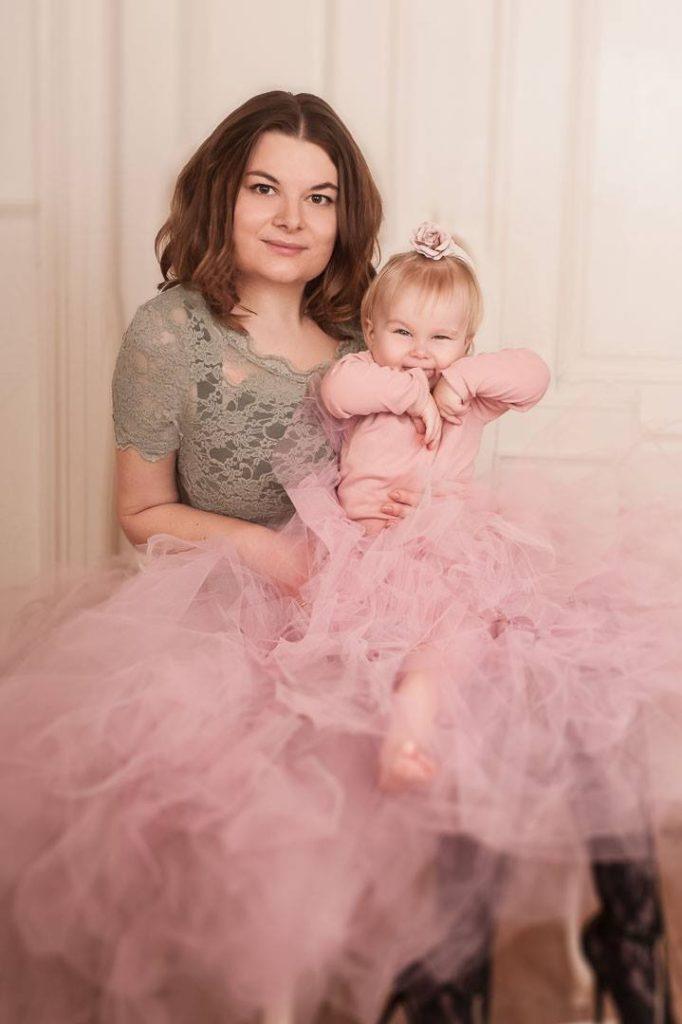 Prinsesse drømmen bliver til virkelighed. Få en mor-datter fotografering i eget hjem
