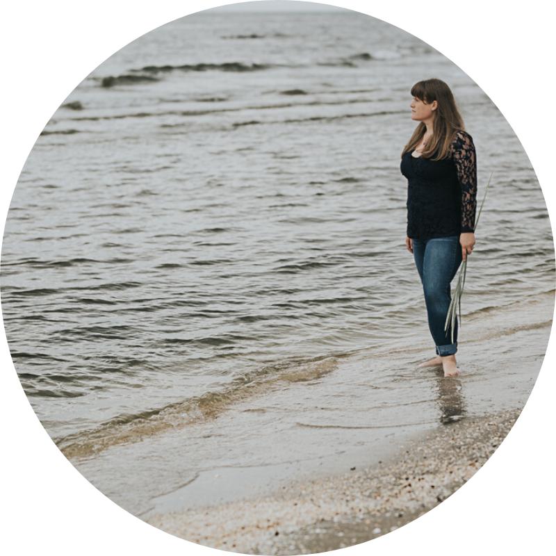 Numerologisk navneskifte forløb ved numerolog Zoey Elinor. Sessioner i Fredericia og Vejle eller online.